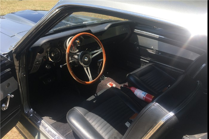 1967 Ford Mustang Shelby GT500 Eleanor - Interior