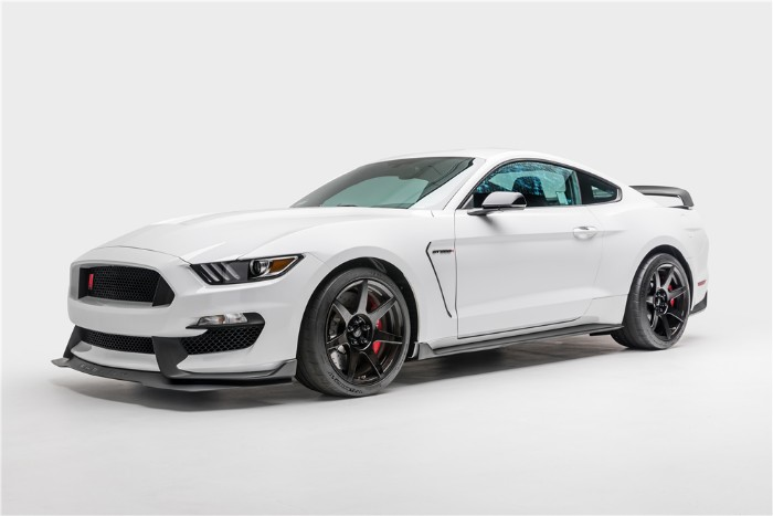 2015 Ford Shelby Mustang GT350R - front side view
