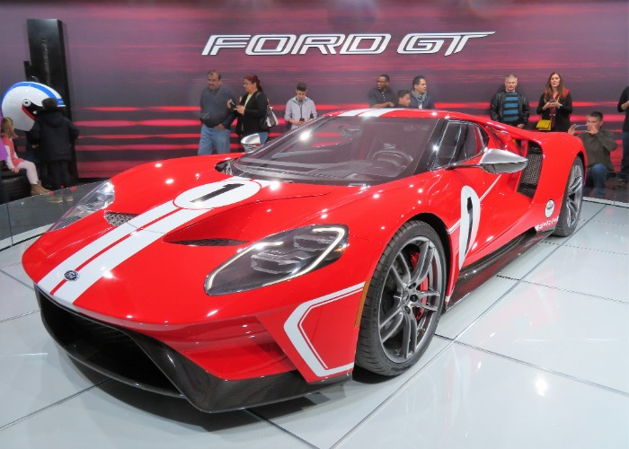 Ford Gt Front Side View