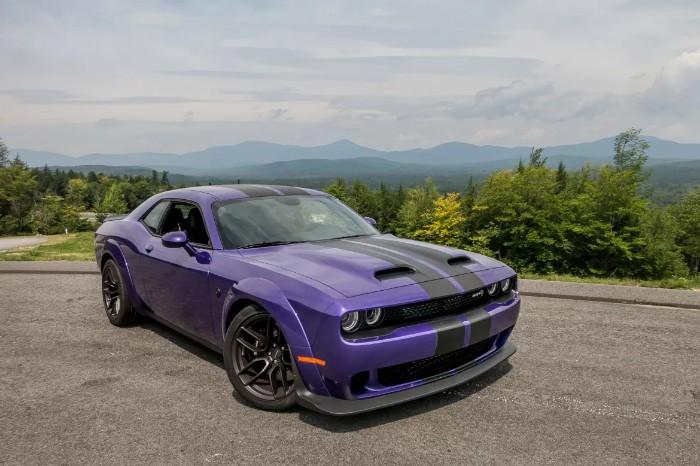 2019 Dodge Challenger SRT Hellcat Redeye - front side view
