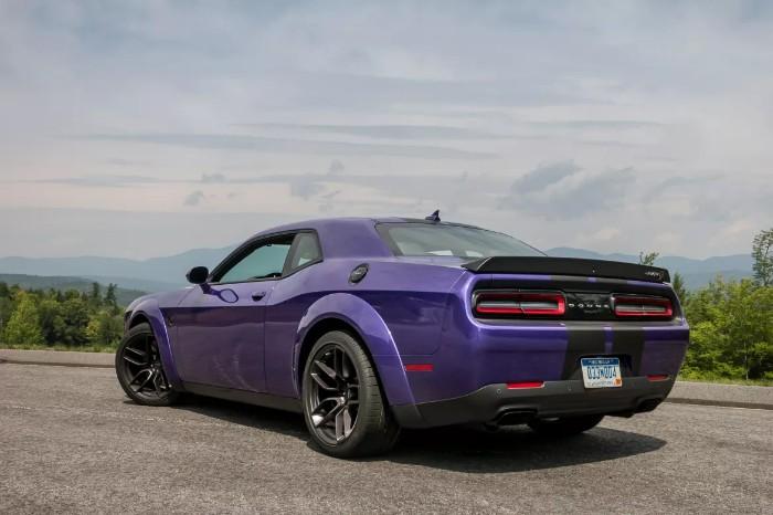 2019 Dodge Challenger SRT Hellcat Redeye - rear side view