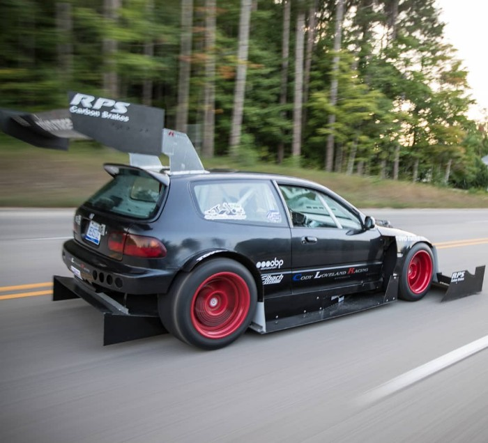 Honda Civic Custom >> Beastie Hatch The Biggest Wings Ever Fitted To A Honda Civic