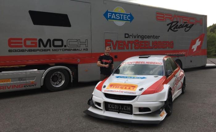 Mitsubishi Evo 8 RS with Ronnie Bratschi