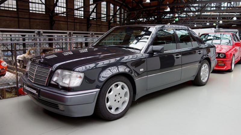 1990-1994 Mercedes-Benz 500 E