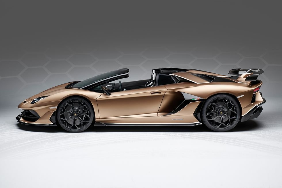 Unveiled At Geneva The Lamborghini Aventador Svj Roadster With 770 Hp