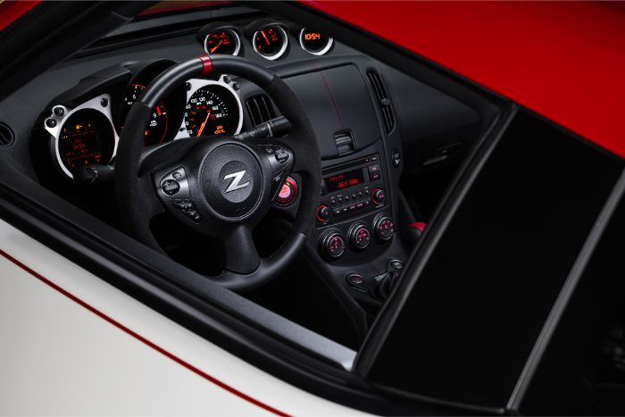 Nissan 370Z 50th Anniversary Special Edition - steering wheel