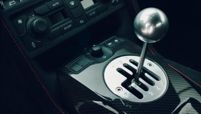 Gated manual transmission in the Lamborghini Gallardo