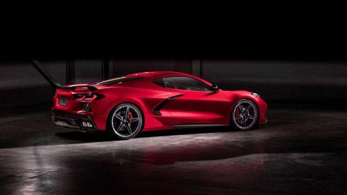 2020 Chevrolet Corvette Stingray: Additional Safety ...
