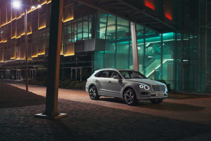 Explore the 2020 Bentley Bentayga Hybrid